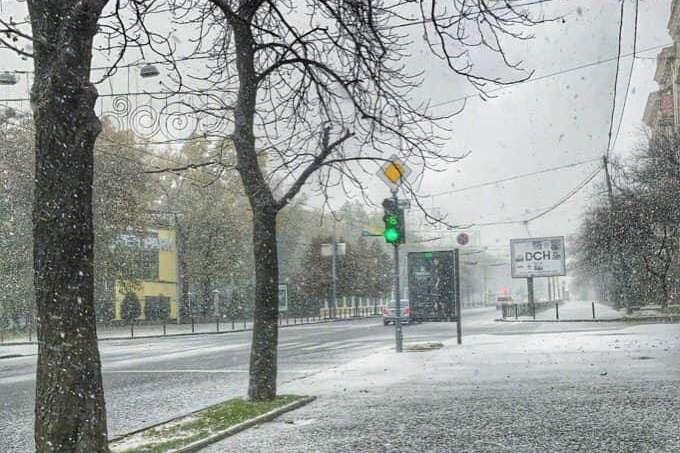 Перший сніг: коли очікується в Підгородньому і де вже випав